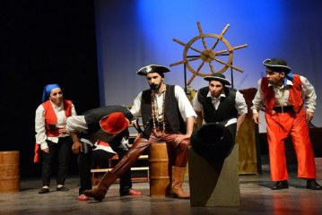 """فرقة ماما سعيدة لمسرح الطفل تحط الرحال بعاصمة الشرق  تقدم عرضا جديدا لمسرحية """"المكتبة الزيدانية"""