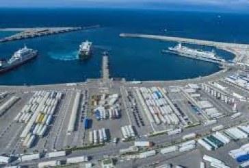 طنجة المتوسط : معالجة 4,8 مليون حاوية و65 مليون طن من البضائع عام 2019