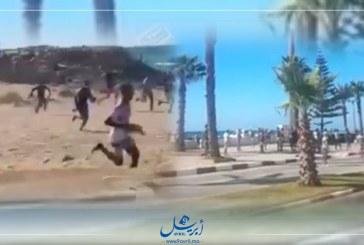 """تدخل السلطة بعد اقتحام شباب لـ""""شاطئ أصيلة"""""""