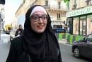"""طالبة مغربية بالحجاب تُثير """"جدلا ساخنا"""" داخل البرلمان الفرنسي"""