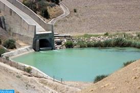 """الانخفاض المتواصل في منسوب المياه في بحيرة """"تيركوس"""" بتركيا يرجع إلى ندرة هطول الأمطار في جميع أنحاء البلاد"""