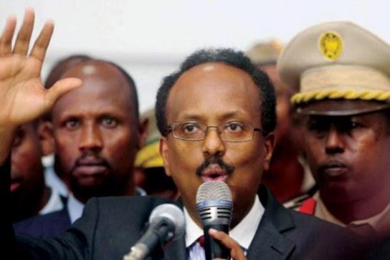 رئيس الصومال يوقع قانوناً يمدد فترته الرئاسية عامين .واشنطن تعبّر عن «خيبة شديدة» وتلوّح بعقوبات