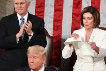 """بسبب كورونا.. بيلوسي تلمح إلى عزل ترامب """"بالدستور"""""""