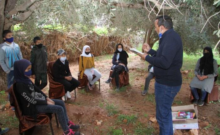 """""""دور المنظومة التعليمية والمجتمع المدني في ترسيخ الثقافة البيئية"""" محور يوم بيئي بسيدي إفني"""