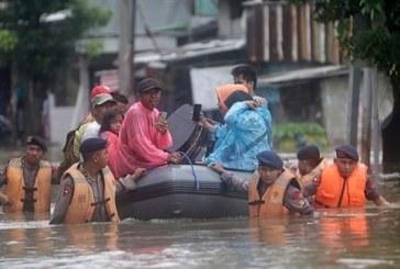 فيضانات تضرب اندونيسيا وتيمور الشرقية