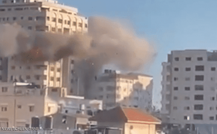 مراسلون بلا حدود تطالب بالتحقيق في تدمير إسرائيل مقرات إعلامية بغزة